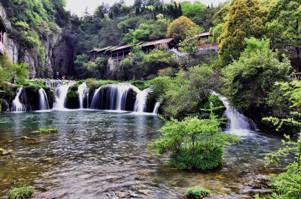 壁纸 风景 旅游 瀑布 山水 桌面 1035_685